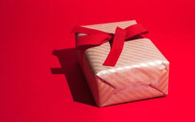 10 Fun Ways To Give Back This Holiday Season