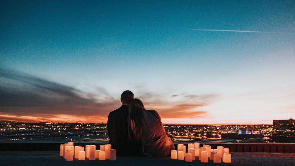 romantic rooftop proposal idea